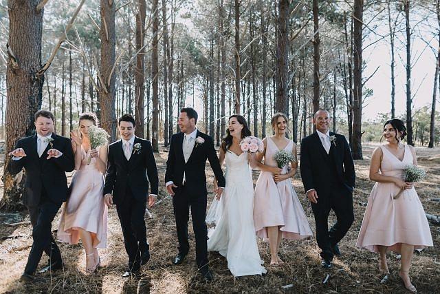 playful-award-winning-wedding-portrait-photographer-perth