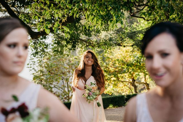 Vila Balbianello Bridesmaids Laughing